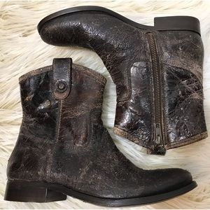 NWT Frye Melissa Short Boot